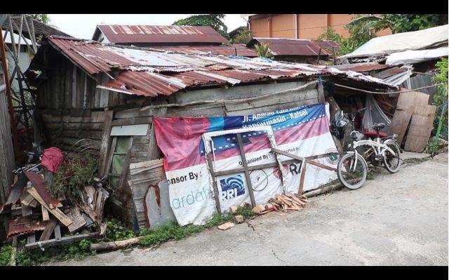 Sarinah Penghuni 'Gubuk Reot' Menanti Janji Bantuan