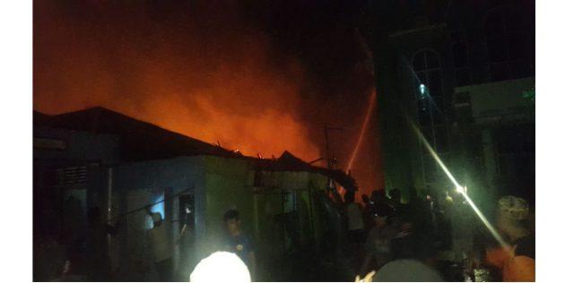 7 Rumah Di Jalan Samudera Pelaihari Hangus Terbakar