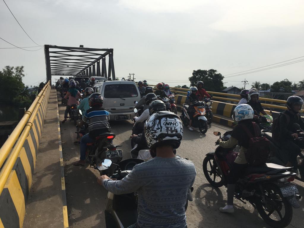 1 April Jembatan Alalak 1 Ditutup Total