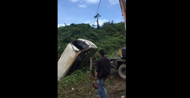Mobil Dinas Pertanian Banjar Masuk Jurang, Supir Nyaris Tewas!