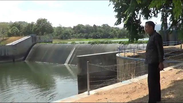 Warga Minta Pintu Air Irigasi Dibuka Agar Menaikkan Debit Air Sungai