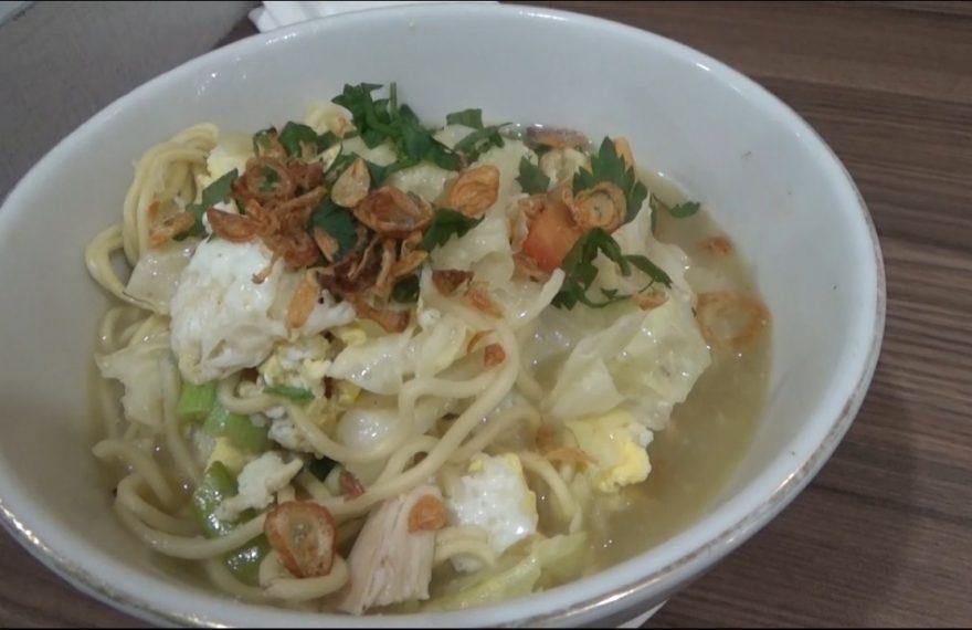 kuliner khas Jogja yakni mie kuah Jawa