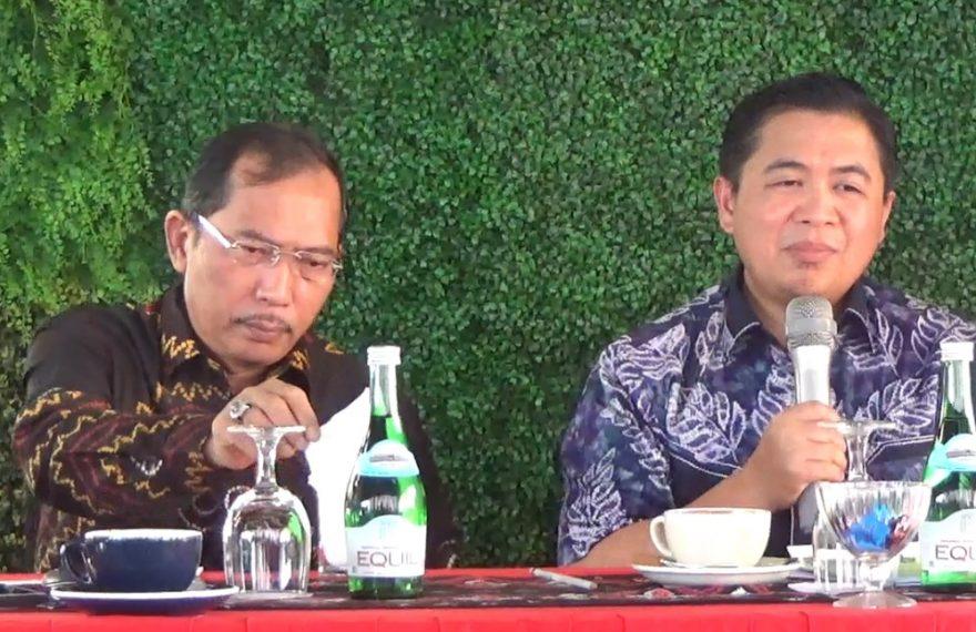 Wali kota Banjarmasin Ibnu Sina (kanan), dan wakil wali kota Hermansyah (kiri).