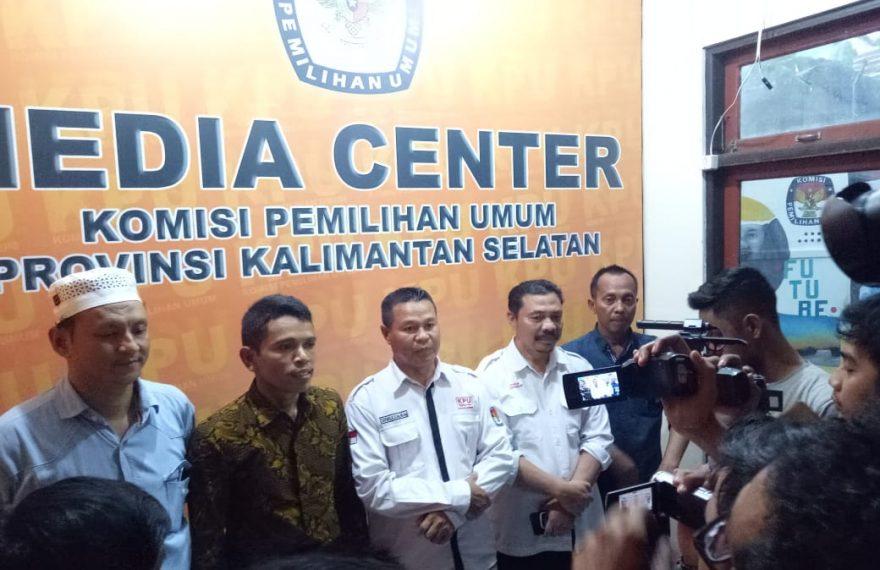 KPU Kalsel Berhentikan GM Sementara