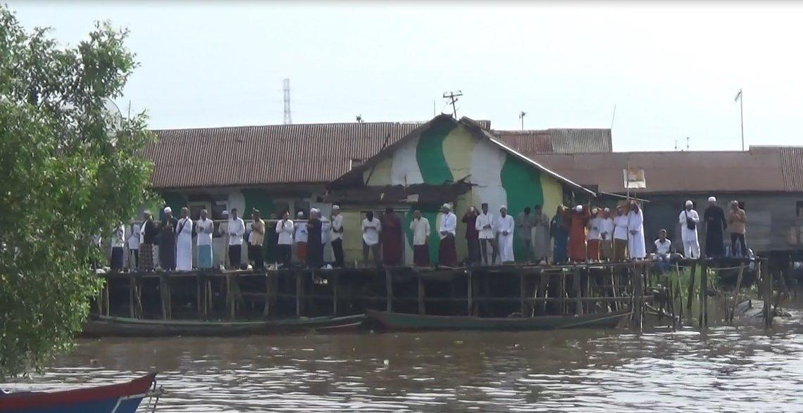 Panitia Sediakan 15 Klotok dan 2 Kapal Fery Gratis Untuk Jemaah Haul