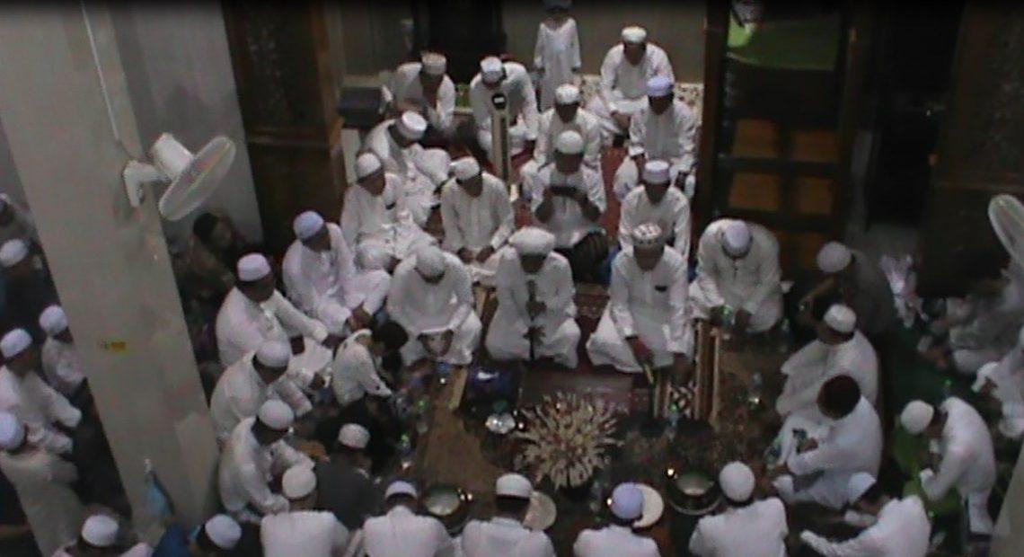 Ribuan Jemaah Hadiri Tabliq Akbar Warga Mandiri Lestari Bersama Guru Zuhdi