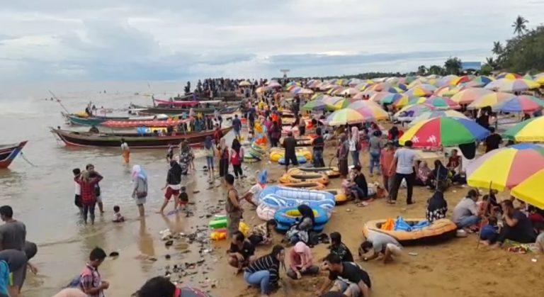 Kunjungan Wisatawan Pantai Takisung Membludak