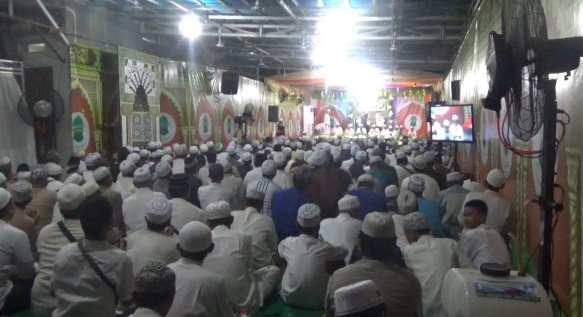 ribuan jemaah hadiri maulid dan tabligh akbar