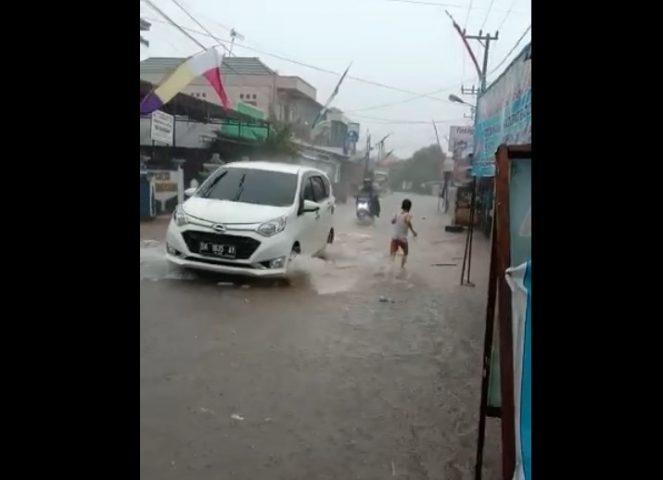 banjir yang melanda daerah Sekumpul, Martapura
