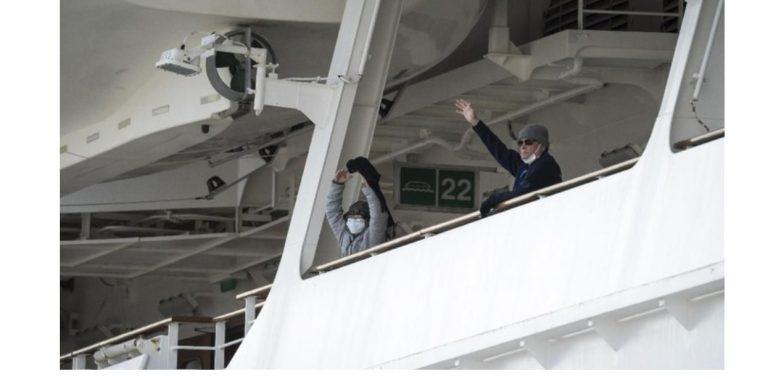 Terkini, 355 Penumpang Kapal Pesiar Jepang Positif COVID-19
