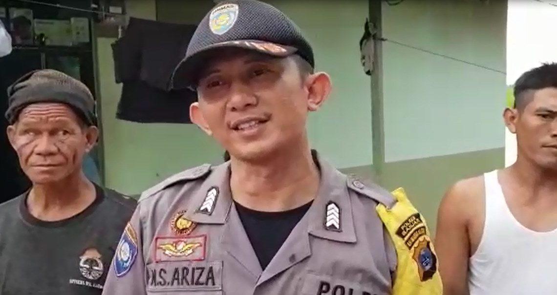 Bripka HM Salahuddin Ariza Bantu Korban Banjir