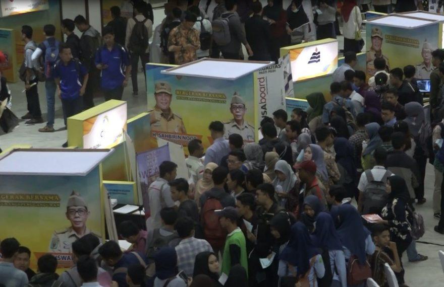 Job Fair 2020 sangat membludak di Gedung Sultan Suriansyah