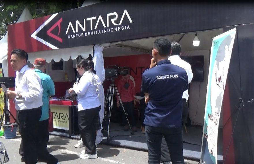 Pengunjung Expo Media Jajal Jadi Presenter dan Reporter