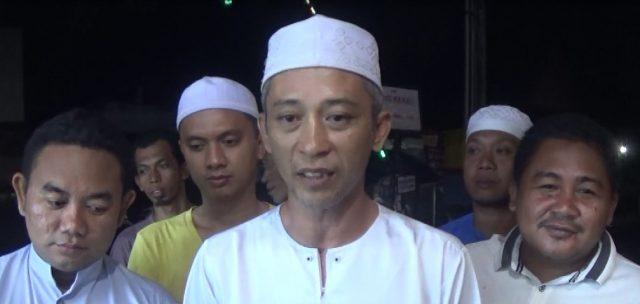 Youse Rahman (tengah)Ketua Relawan Tapin