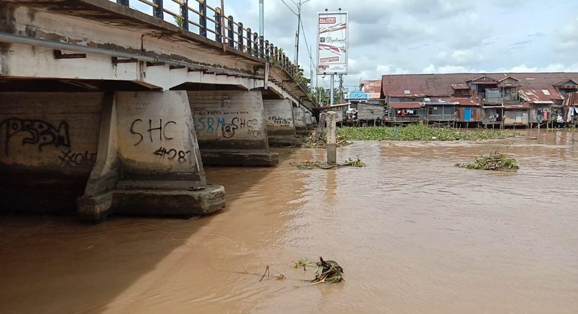 aliran sungai sudah terbuka