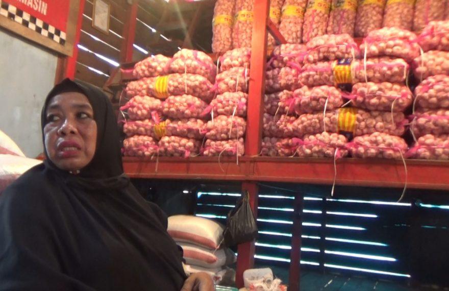 pedagang bawang Pasar Lima Banjarmasin