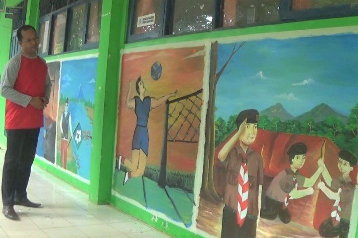 Lomba Melukis - Tembok Kelas Jadi Median Lukisan Mural