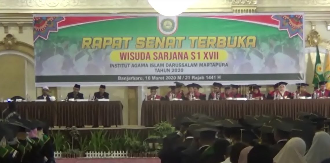 Institut Agama Islam Darussalam Martapura Wisuda 325 Sarjana Baru