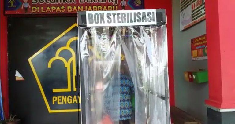 Lapas Cempaka masuk menggunakan box sterilisasi