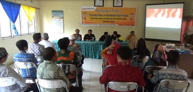 Rapat kegiatan bimbingan teknis Panwaslu