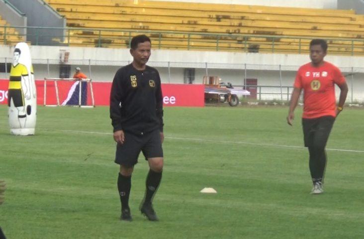 foto dok : Djajang Nurjaman, pelatih kepala Barito Putera.