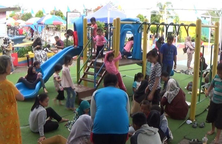 Ruang Bermain Ramah Anak (RBRA) di Siring Laut