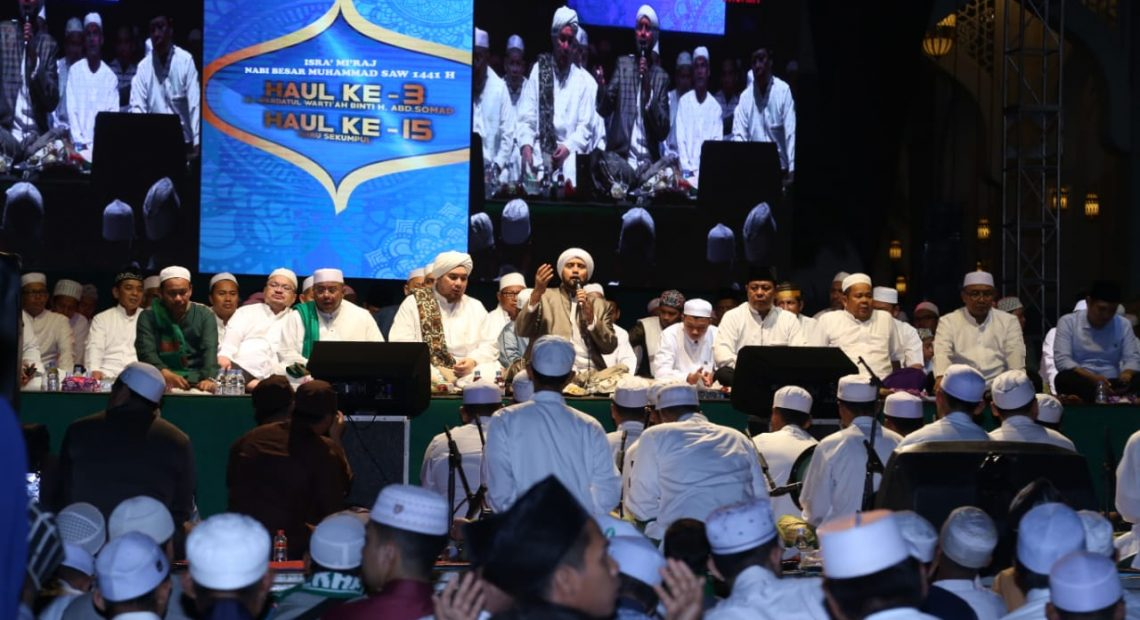 Haul ke-3 ibunda dari H Andi Syamsuddin, bersama Habib Syekh bin Abdul Qodir Assegaf