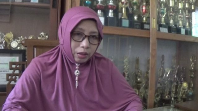 Herawati, kepala sekolah SDN Kandangan kota 1