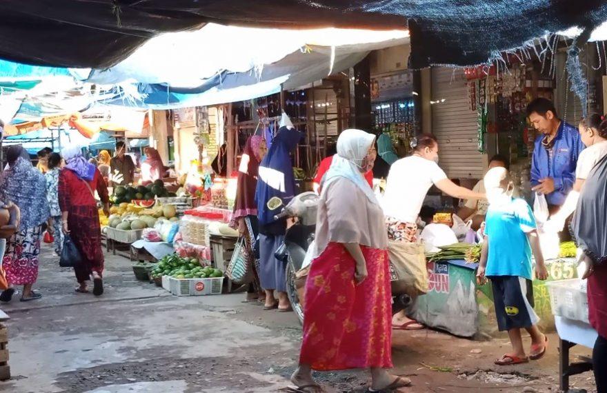 Jam operasional pasar di Banjarmasin dibatasi