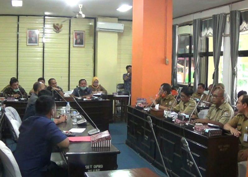 Rapat Anggaran untuk APD