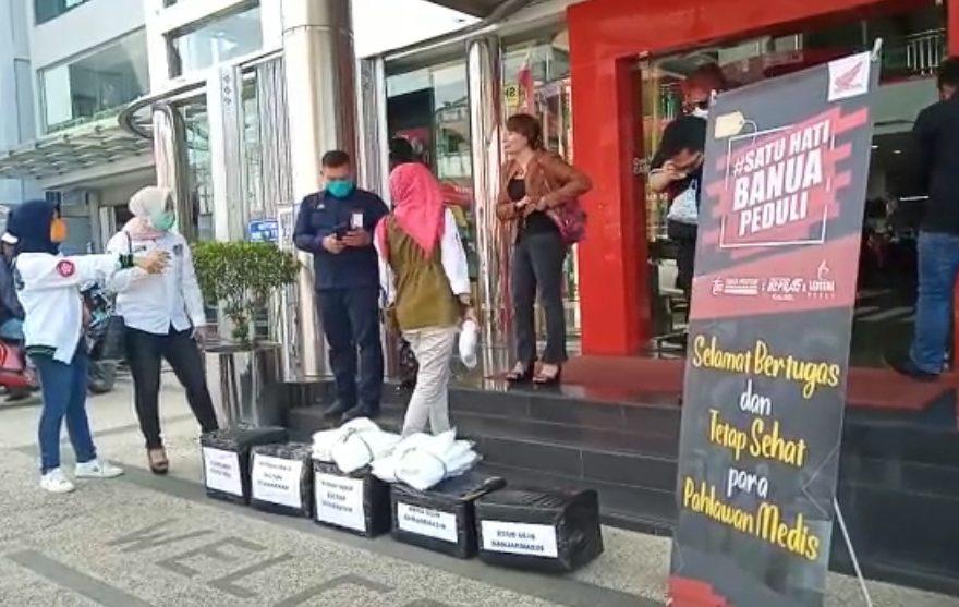 Repnas Kalsel bagikan APD dan Hazmat