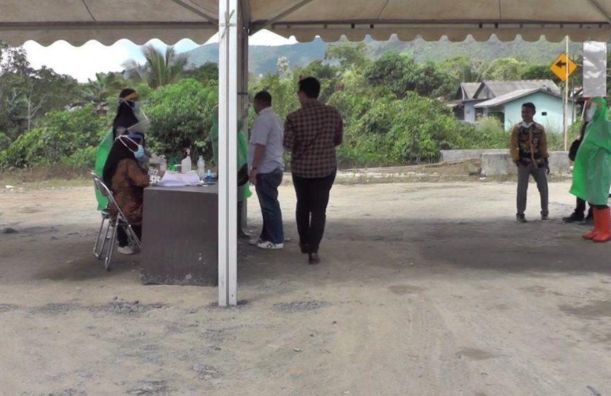 DPRD Tanbu Tinjau Posko Kesehatan di Perbatasan