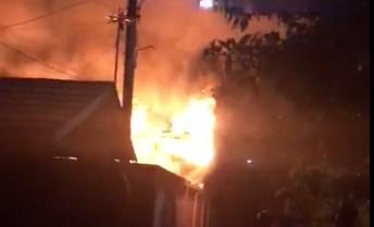 Eks Gedung Balai Kesehatan Ibu dan Anak di Belitung Banjarmasin Terbakar