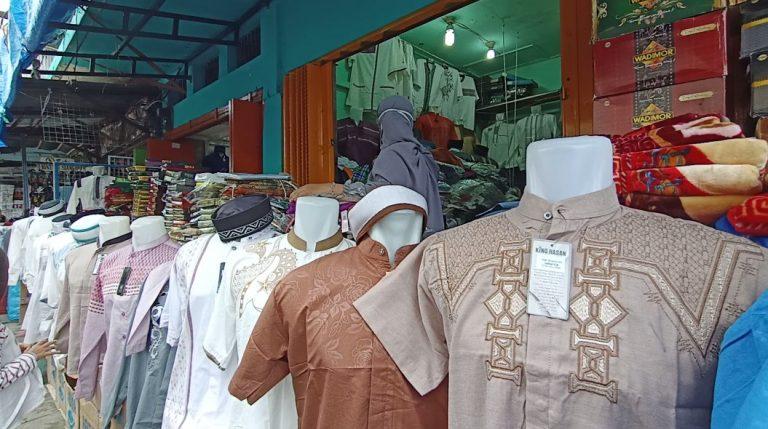 Dampak Covid-19 Penjual Baju Koko turun