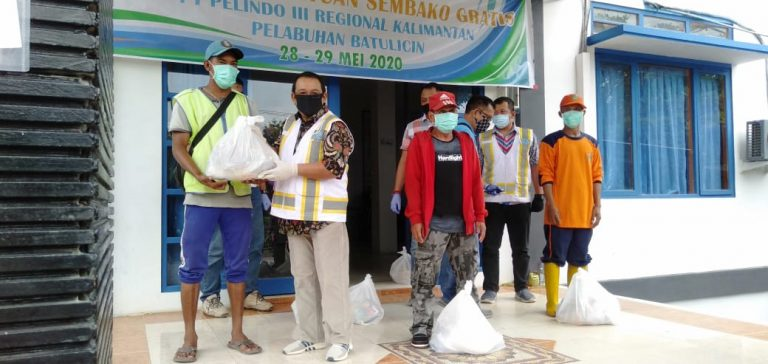 PT Pelindo III Terminal Batulicin Bagikan 300 Paket Sembako