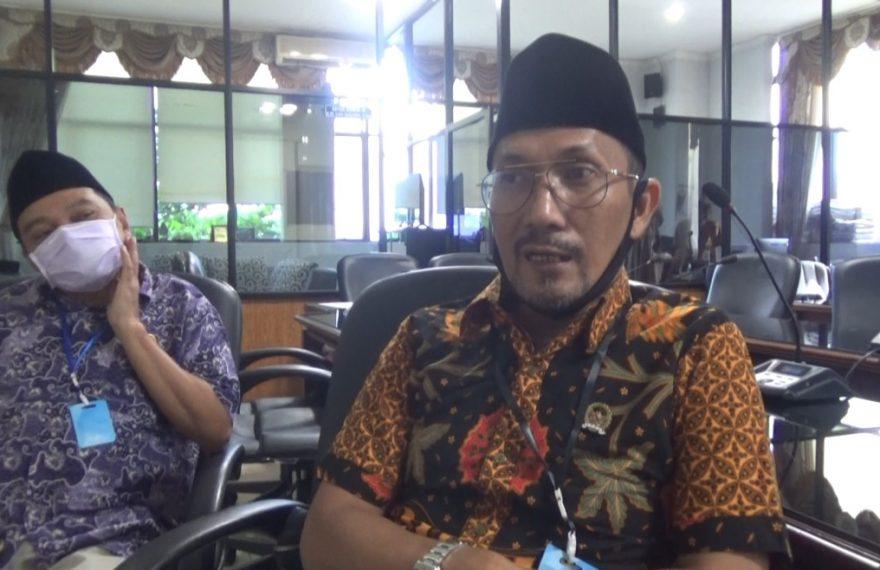 Luthfi Syaifuddin (kanan), ketua komisi IV DPRD provinsi Kalsel.