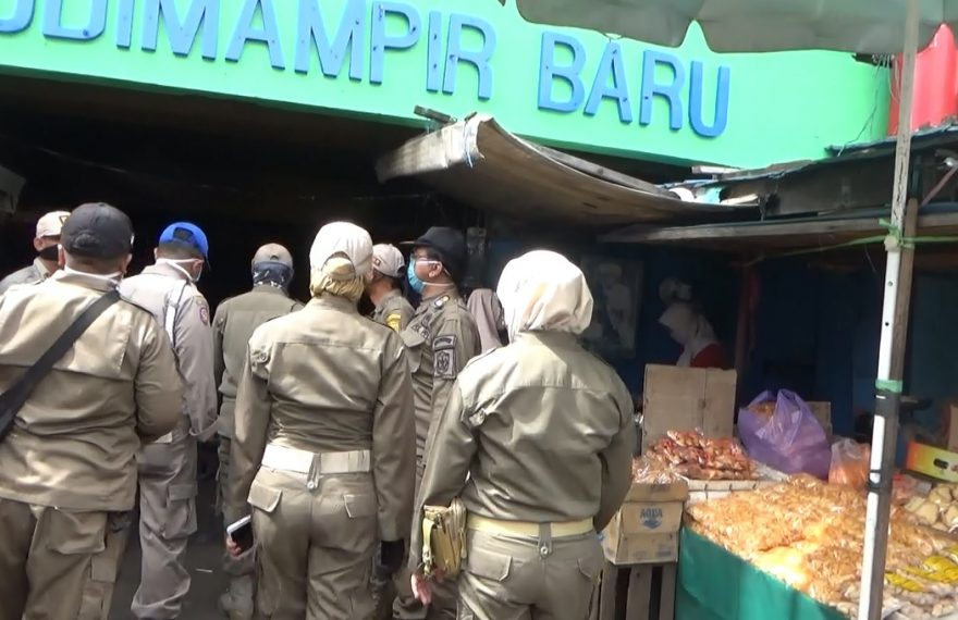 pasar sudimampir saat didatangi petugas