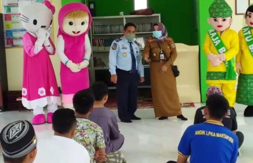 Dinas Persputakaan dan Kearsipan Kalsel Berkunjung ke LPK anak kelas 1 Martapura