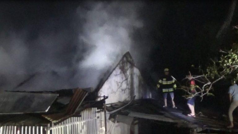 Kobaran Api diToko Bangunan 'jadi arang'