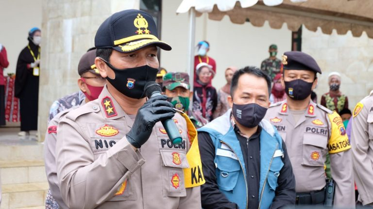 Kapolda Kalsel : Kampung Tangguh Jadi Garda Terdepan untuk Memberikan Pertolongan Kepada Masyarakat