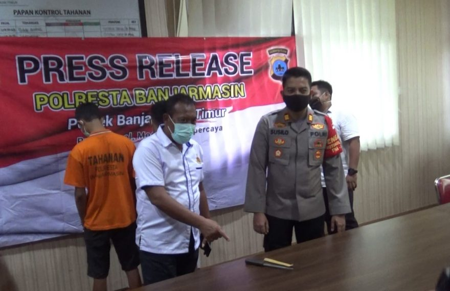 press release penusukan di Cafe Arwana
