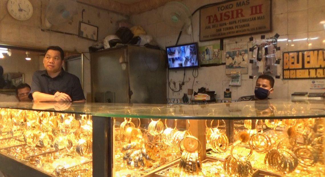 toko emas Pasar Sentra Antasari