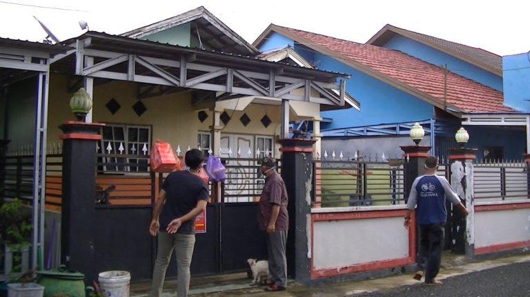 Warga Semangati dan Saling Bantu Pasien 'OTG' di Tanjung Pagar