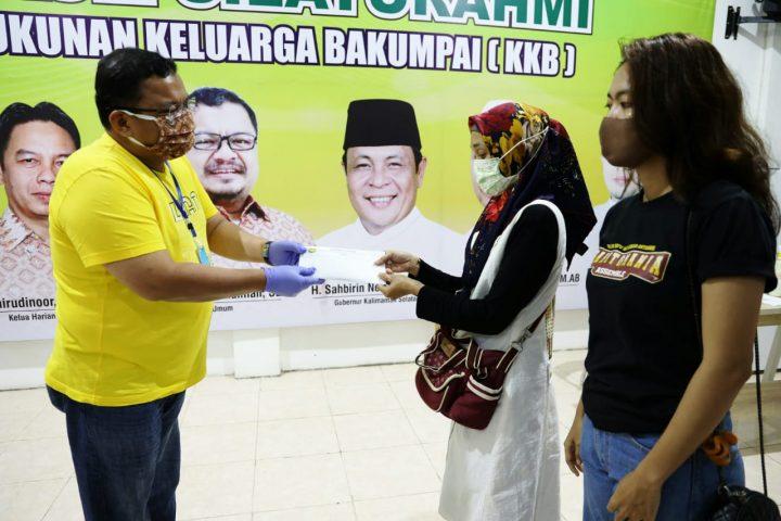 Ketua Bartman GK 88 Alami Kecelakaan, PS Barito Putra Beri Santunan