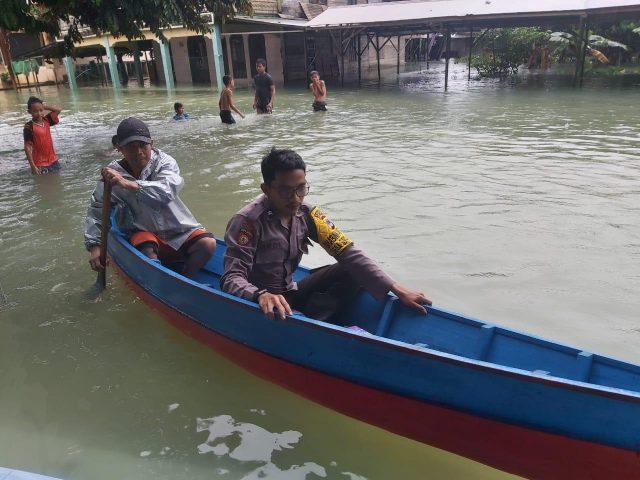 Akibat Intensitas Hujan Tinggi Beberapa Desa di Kecamatan Satui Terdampak Banjir