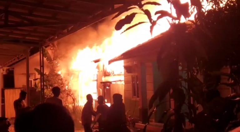 Kebakaran di Manarap Tengah Kamis Malam