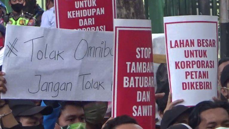 Mahasiswa Kembali Demo DPRD Kalsel