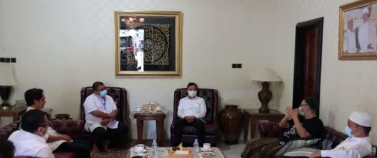 Menteri Kesehatan Terawan Agus Putranto Silaturrahmi kerumah H. Yuni