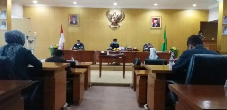 Pro Kontra sanksi denda bagi pelanggar menuai perhatian dari anggota DPRD.