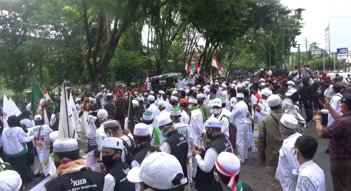 demo Aliansi Rakyat Banua Lambung Mangkurat atau Arbal